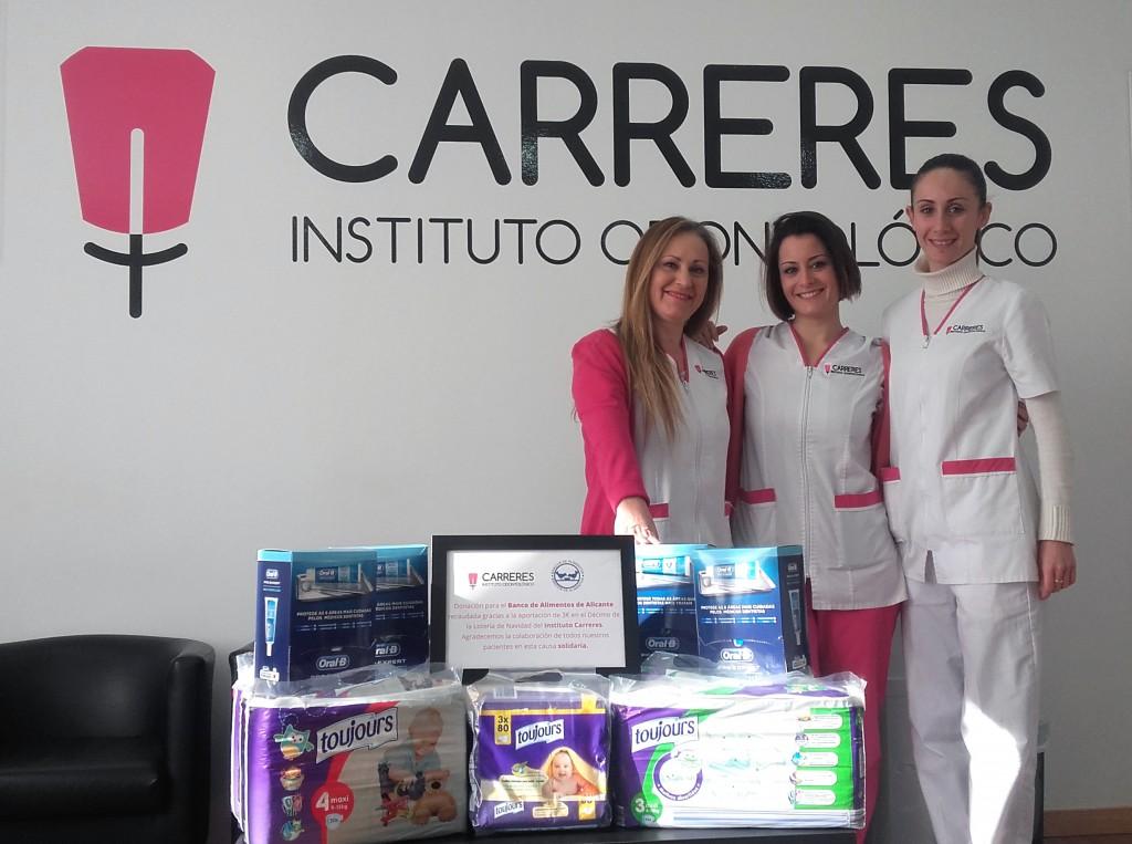 Donación solidaria del Instituto Carreres para el Banco de Alimentos de Alicante