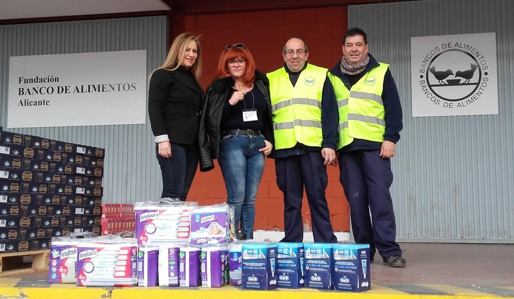 El Instituto Carreres entrega su donación solidaria al Banco de Alimentos